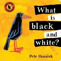 What Is Black and White? Petr Horáček anglické leporelo